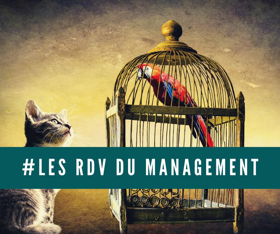 Copie de Gris Hashtag Flatlay pour Café Publication Facebook - La SST au travail, sujet au coeur du Management